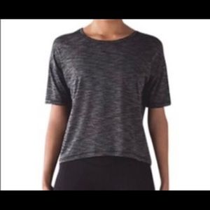 NWT Lululemon Run It Out SS Tee Size 10 Gray